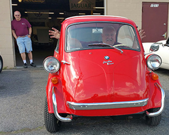 What could be more fun to see coming down the road than a 1958 BMW Isetta 300?